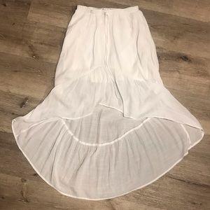 Olsenboye White skirt